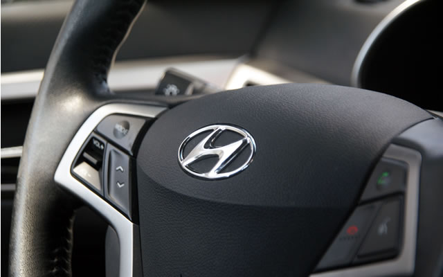 Hyundai Veloster  - kierownica